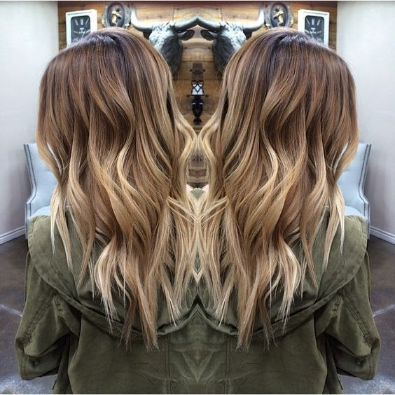 Pretty-Layered-Wavy-Hairstyles-for-Long-Hair-Blonde-Balayage-Ombre