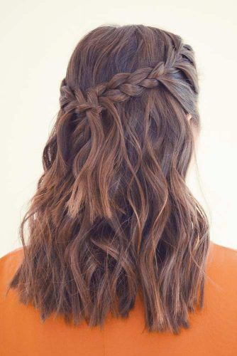 21 LOVELY MEDIUM LENGTH HAIRSTYLES FOR A ROMANTIC VALENTINES DAY