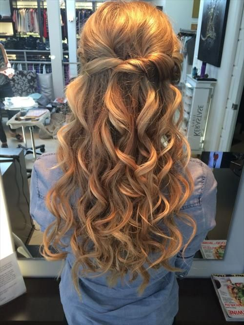 Prom Frisuren | Hair inspiration | Frisuren abschlussball, Frisuren