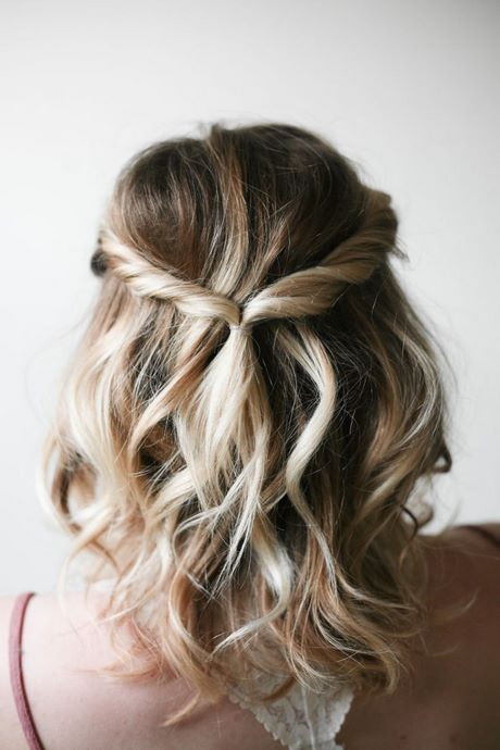Prom Makeup Easy Prom updos for short hair #updohairstyles #braid