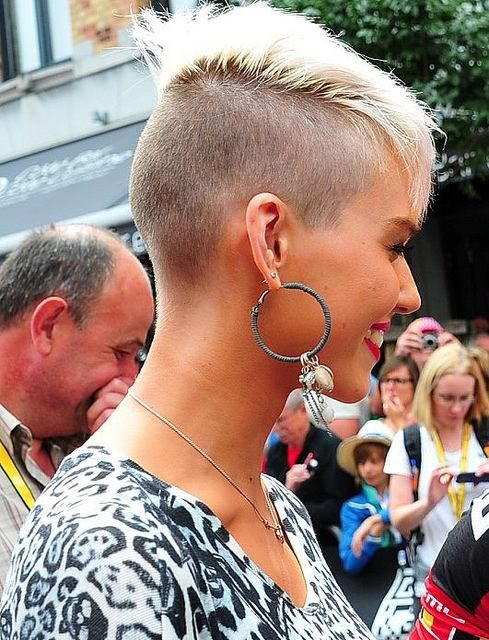 Cute Hairstyle Ideas for Long Face – Best Short Haircuts