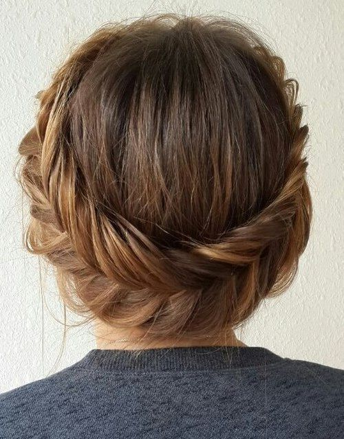 20 Easy and Pretty Updo Hairstyles for Mid-Length Hair – Styles Weekly