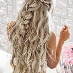 22 Best Khaleesi Hair on Game of Thrones - Fashiotopia