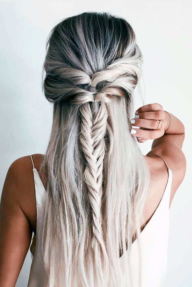 30 Chic Hairstyles for Long Straight Hair