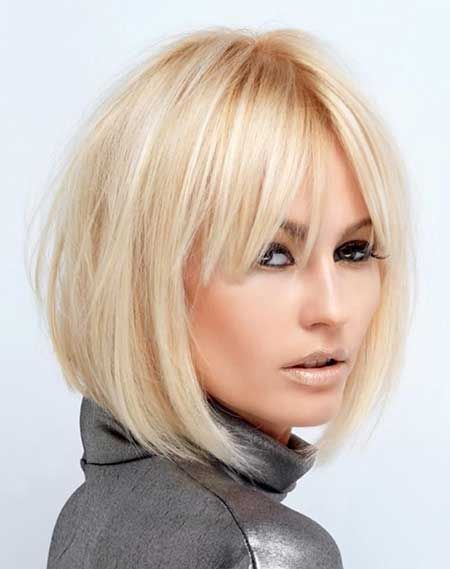 35 Short Hairstyles with Bangs For Women – Hottest Haircuts