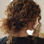 45 Charming Bride's Wedding Hairstyles For Naturally Curly Hair - crazyforus