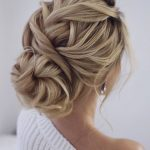 Gorgeous super-chic hairstyles That's Breathtaking - Fabmood | Wedding Colors, Wedding Themes, Wedding color palettes