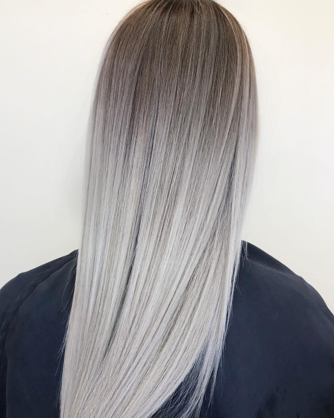 """Lisa Walker on Instagram: """"Morning Blend….. Converted this previous foil highlighted blonde 💁🏼💁🏼to a blended bombshell 💣🐚"""""""