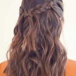 Medium long hairstyles for Valentine's Day