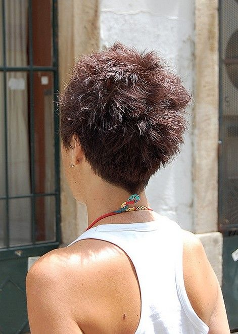 Short Pixie Haircut for Summer – Back View of Short Pixie Cut – Hairstyles Weekly
