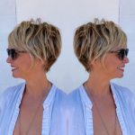 Short hairstyles for women over 50 - Simple and noble
