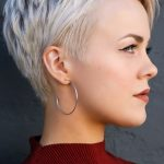 The 16 Most Popular Hairstyles on Pinterest Right Now - #haircuts #Hairstyles #P...